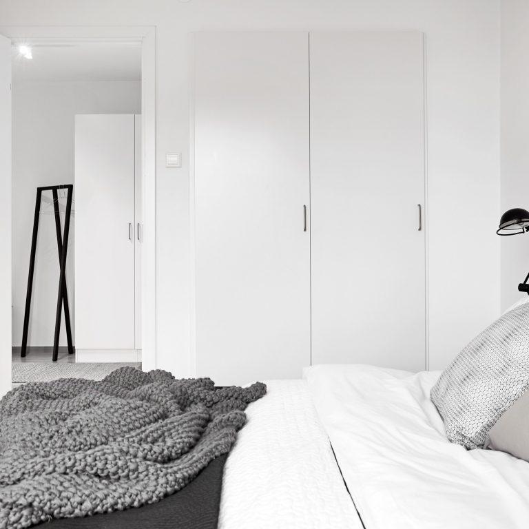 AffärsHem Sovrum inkl garderober